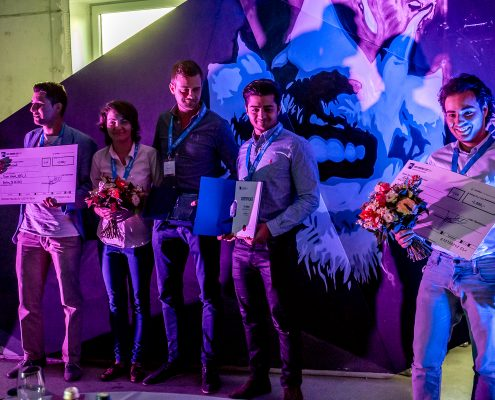 DATA MINING CUP 2017 Impressions - happy teams at award ceremony