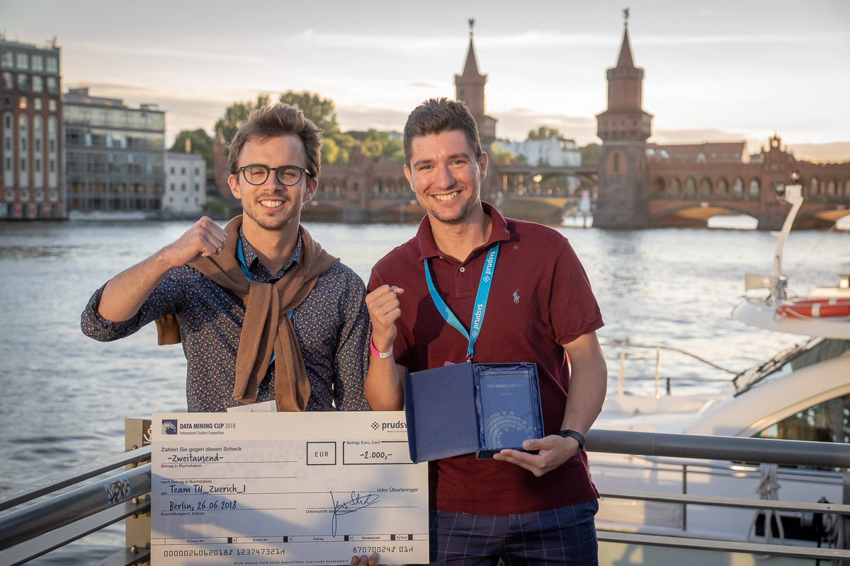 Winning team of the DATA MINING CUP 2018